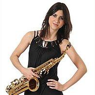 SOPHIA SAX Solo Musician