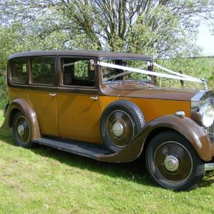 Edinburgh and Rural Vintage Car Hire Vintage & Classic Wedding Car
