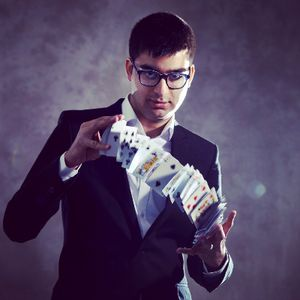 Subz The Cheat - Magician , London,  Close Up Magician, London Table Magician, London Wedding Magician, London Corporate Magician, London
