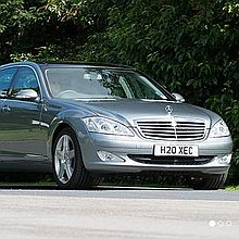 Oakdale Executive Chauffeur Driven Car