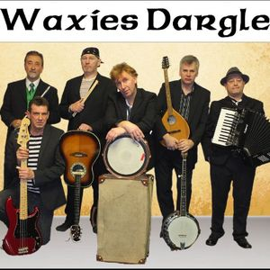 Waxies Dargle Live music band