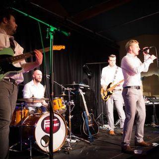 Fourphit - Live music band , Shrewsbury,  Function & Wedding Band, Shrewsbury Rock And Roll Band, Shrewsbury Pop Party Band, Shrewsbury Rock Band, Shrewsbury