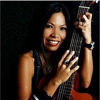 Amy Bondi Singer