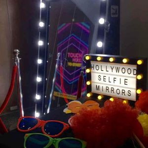 Hollywood Selfie Mirrors - Photo or Video Services , Manchester,  Photo Booth, Manchester