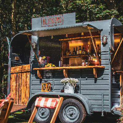 Blinkers Horsebox Bar Wedding Catering