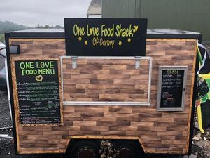 One love food shack Mobile Caterer