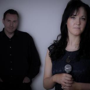 Shauna Mulgrew's Live Piano Lounge Singer