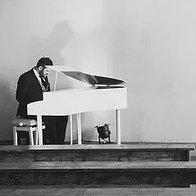 James Hey Piano Pianist