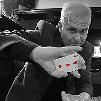 Colin J Hall Magic Wedding Magician