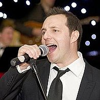 Andy Ellison & Band Michael Buble Tribute