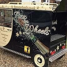 Fizz On Wheels Cocktail Bar