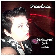 KatieLouise Live Solo Singer