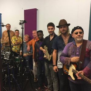 The Funk Soul Rebels - Live music band , Reading,  Function & Wedding Band, Reading Soul & Motown Band, Reading Funk band, Reading