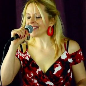 UK's Top Jazz & Blues Singer - Laura Vintage Band