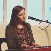 Shona Vocals and Piano - Singer , Leeds, Solo Musician , Leeds,  Wedding Singer, Leeds Live Solo Singer, Leeds Pianist, Leeds