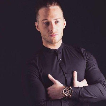Daniel Fox, Vocalist Live Solo Singer