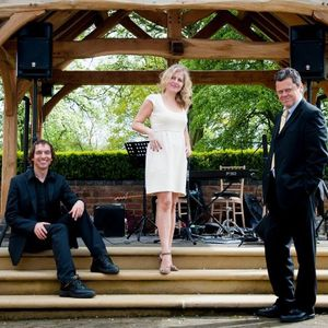 Cool Groove Function & Wedding Music Band