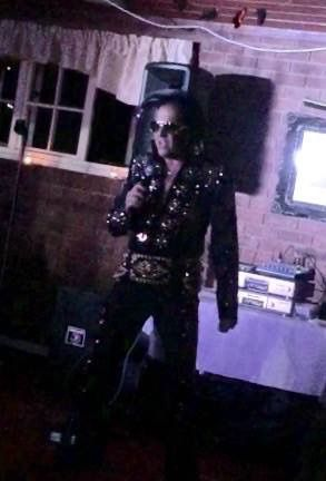 Antony Myers 'The Voice of Vegas' - Live music band Tribute Band Singer  - Essex - Essex photo