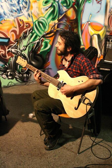 Romeo Velluto - Live music band Ensemble Solo Musician  - London - Greater London photo