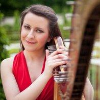Zuzanna Olbrys Harpist Solo Musician
