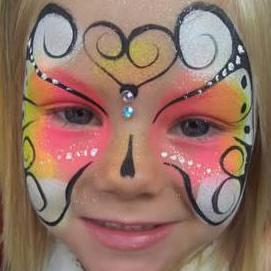A Face to Remember Face Painter