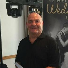 Worcestershire DJ hire Wedding DJ
