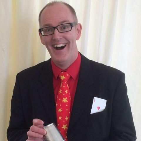 Simon Sparkles Wedding Magician