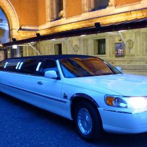 Chevron Limousines - DJ , Beccles, Transport , Beccles,  Wedding car, Beccles Chauffeur Driven Car, Beccles Luxury Car, Beccles Limousine, Beccles Wedding DJ, Beccles Mobile Disco, Beccles Party DJ, Beccles