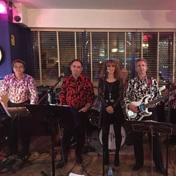 The Swinging Retros - Live music band , London, Tribute Band , London,  Function & Wedding Band, London 60s Band, London