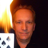 Robert Dean Table Magician