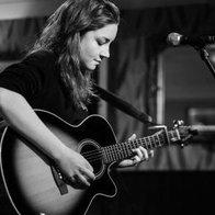 Vicki Sayers Solo Musician