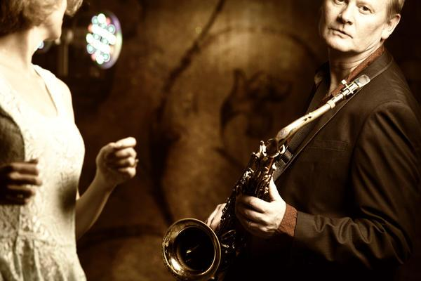 Julian Tucker - Solo Musician  - Newport - Monmouthshire photo