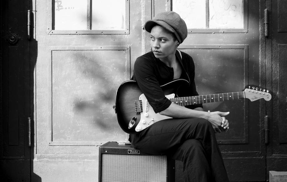 Adwoa Hackman - Solo Musician Singer  - London - Greater London photo