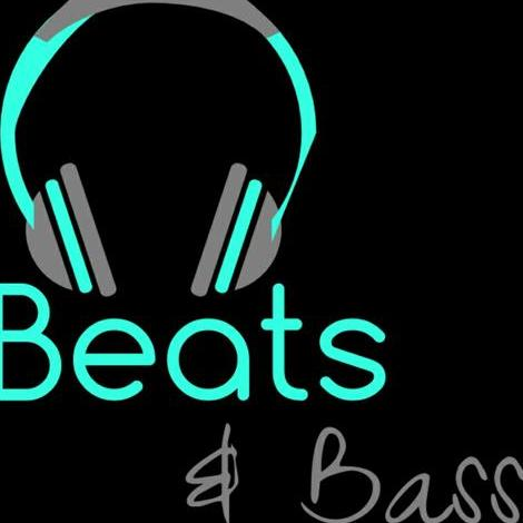 beats and bass - DJ , Lincolnshire,  Wedding DJ, Lincolnshire Mobile Disco, Lincolnshire Karaoke DJ, Lincolnshire Party DJ, Lincolnshire Club DJ, Lincolnshire