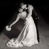 Confetti Wedding Photography Portrait Photographer