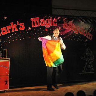 Mark Maximus - Magician , North Yorkshire,  Close Up Magician, North Yorkshire Wedding Magician, North Yorkshire Table Magician, North Yorkshire Corporate Magician, North Yorkshire