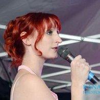 Tóra Wilson Live Solo Singer