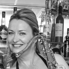 Saxophonist (jazz, Easy Listenting, Pop Classics & Ibiza Chillout) & Mobile Disco With Female DJ Saxophonist