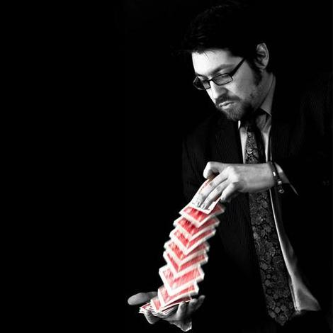 Simon Jacobs - Magician, part of Joker in the Pack Productions Close Up Magician