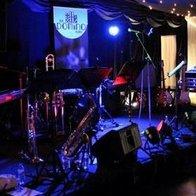 Domino Band Function Music Band