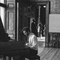 Oliver Roper Pianist