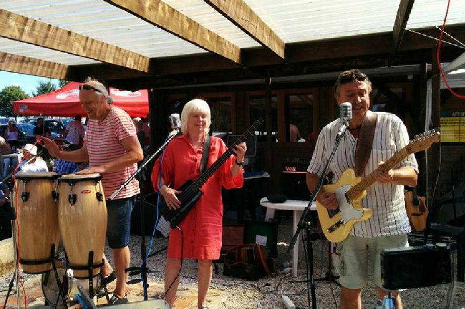 Samphire - Live music band  - Fakenham - Norfolk photo