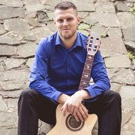 Chris Nicholls - Special Events Guitarist Solo Musician