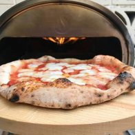 Matteos Pizzeria Pizza Van