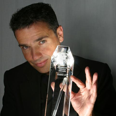 Marc Oberon - Magician , Europe,  Close Up Magician, Europe Table Magician, Europe Wedding Magician, Europe Illusionist, Europe Corporate Magician, Europe Mind Reader, Europe