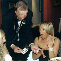 Bernie - Magic at your Fingertips Wedding Magician
