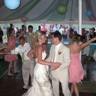 MacVibes - DJ , Calne,  Wedding DJ, Calne Mobile Disco, Calne Karaoke DJ, Calne Club DJ, Calne