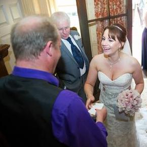 Paul Bavill - Magician & Entertainer Wedding Magician