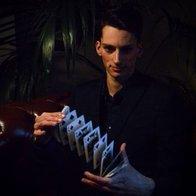 Rod Hande Magician Close Up Magician