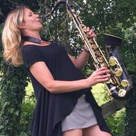 Sophie Sax Solo Musician